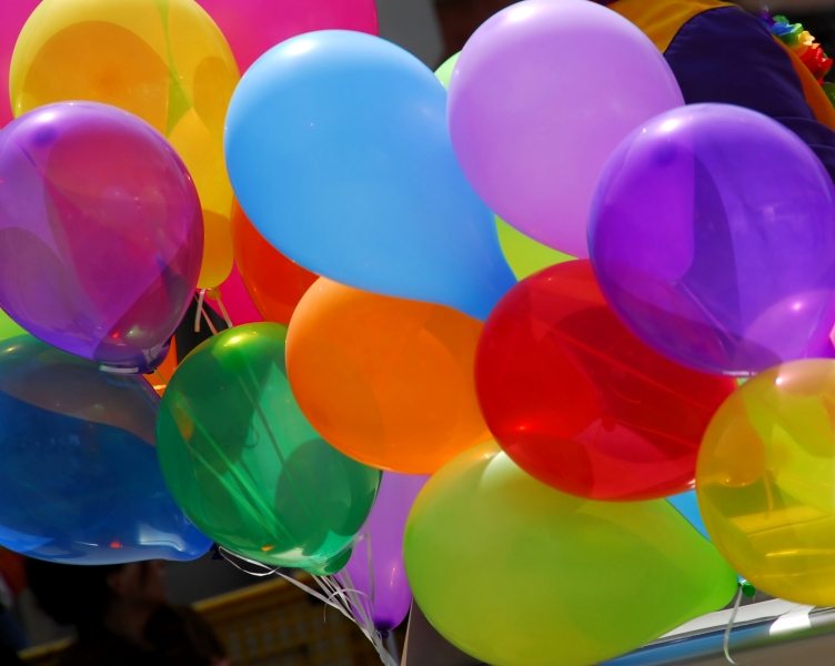 colorful-balloons